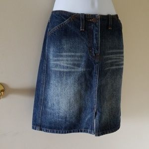 J. Crew Dark blue Denim skirt sz 4